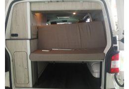 Furgoneta Cámper VOLKSWAGEN Transporter T5 camperizada de Ocasión