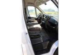 Furgoneta Cámper ROADCAR R540 en Alquiler