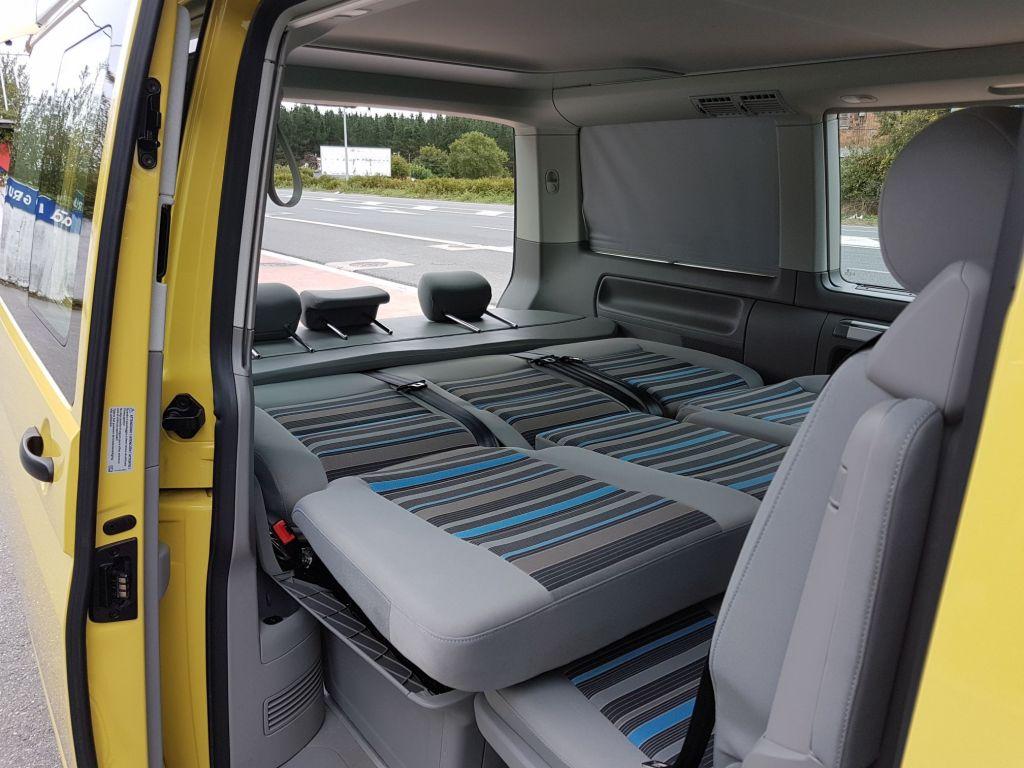 furgoneta c mper volkswagen california beach de ocasi n. Black Bedroom Furniture Sets. Home Design Ideas