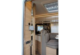 Autocaravana Integral DETHLEFFS Globebus I 7 acabado GT Black modelo 2018 Nueva en Venta
