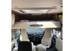 Autocaravana Integral NIESMANN BISCHOFF Arto 79 F de Ocasión