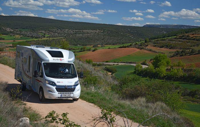 Visita al Mesozoico en autocaravana y en familia